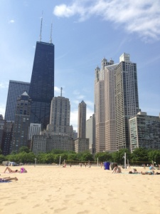 """No need to choose between the excitement of the city or the relaxation of the """"beach."""" Chicago offers miles of running, biking and beaching paths throughout the surrounding city."""